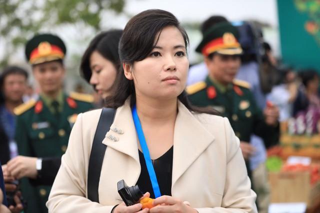 Chiều qua 27/2, bà Hyon Song-wol cùng phái đoàn Triều Tiên đã thăm nhà máy sản xuất ôtô và xe máy của Vingroup tại Cát Hải, Hải Phòng. Sau khi rời nhà máy, đoàn tiếp tục ghé qua nông trường rau quả sạch VinEco.