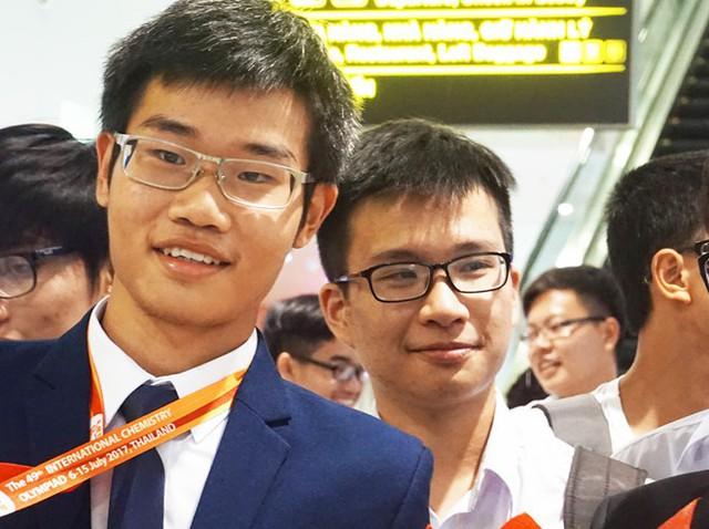 Hai lần giành huy chương vàng ICho, Đinh Quang Hiếu hiện là sinh viên MIT. Ảnh: Nguyễn Sương.