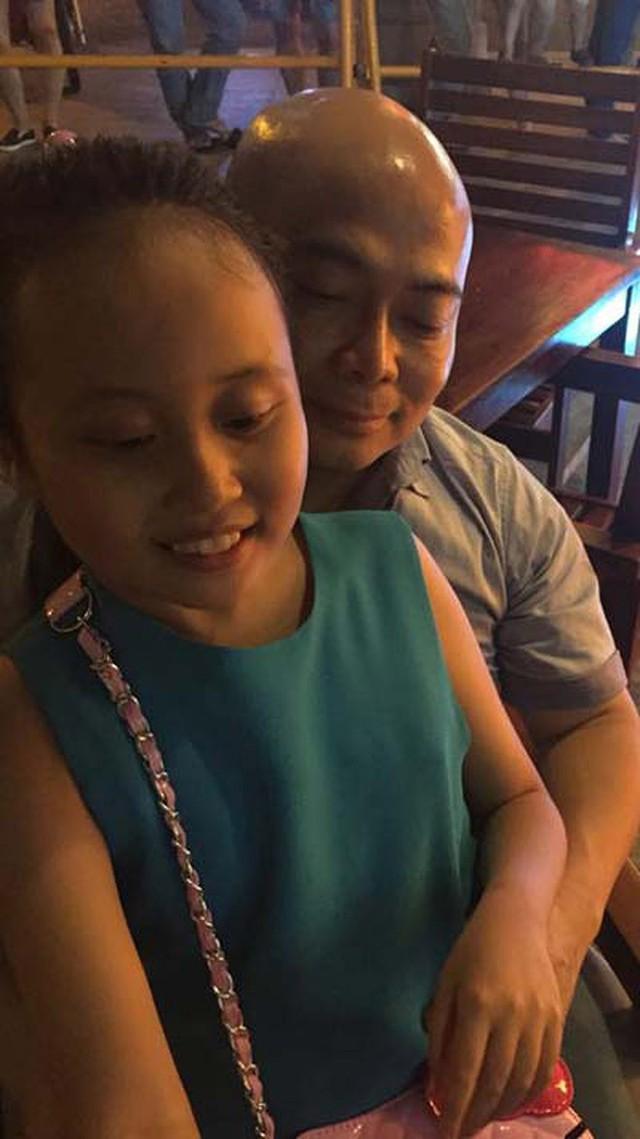 Phương Thanh từng chia sẻ chân dung con gái đầu và bố của bé.