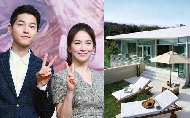 Biệt thự của Song Joong Ki và Song Hye Kyo rất trang nhã và ấm cúng.