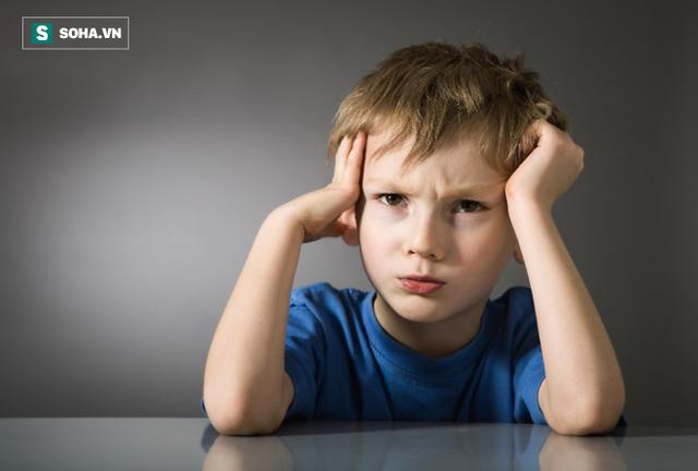 Hãy xem cụ thể những nguy cơ và tác động của việc cho trẻ đi ngủ muộn, bạn nên thay đổi ngay từ hôm nay.