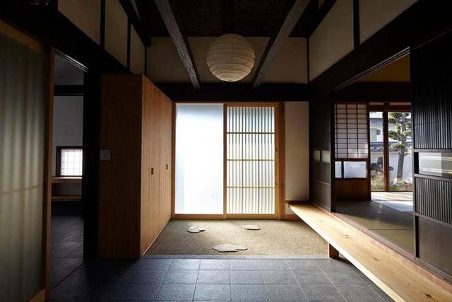 Lối vào nhà của người Nhật Bản luôn khiến người ta phải yêu thích không thôi bởi sự hoàn hảo của chúng.