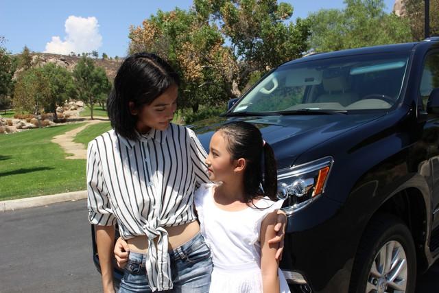 Niềm vui lớn nhất của Linh Nga lúc này là phim ảnh và chăm sóc hai cô con gái mỗi ngày
