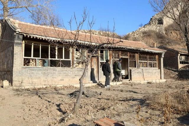 Ngôi nhà trước khi cải tạo.