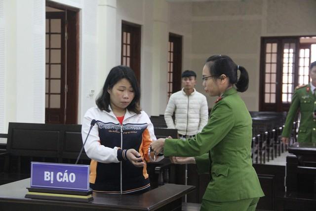 Lang Thị Liên bị TAND tỉnh Nghệ An tuyên phạt 8 năm tù.