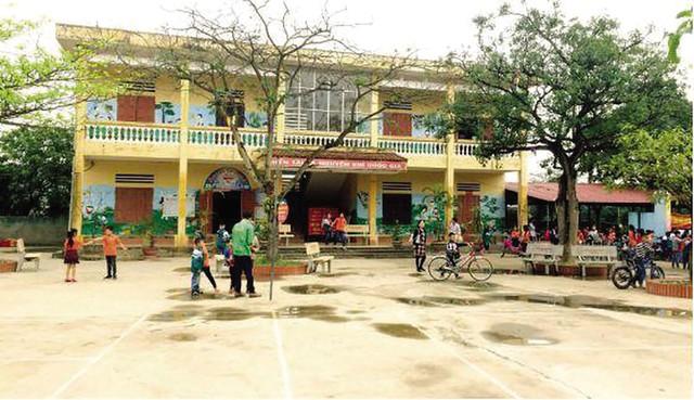 Trường tiểu học T.S (tỉnh Bắc Giang) đã đình chỉ thầy giáo bị tố dâm ô 13 nữ sinh lớp 5. Ảnh:TL