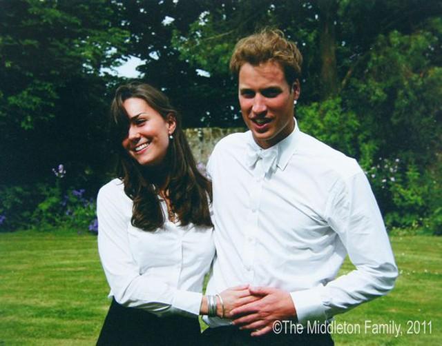 Kate và William khi còn là sinh viên trường Andrew. Ảnh: The Middleton Family.