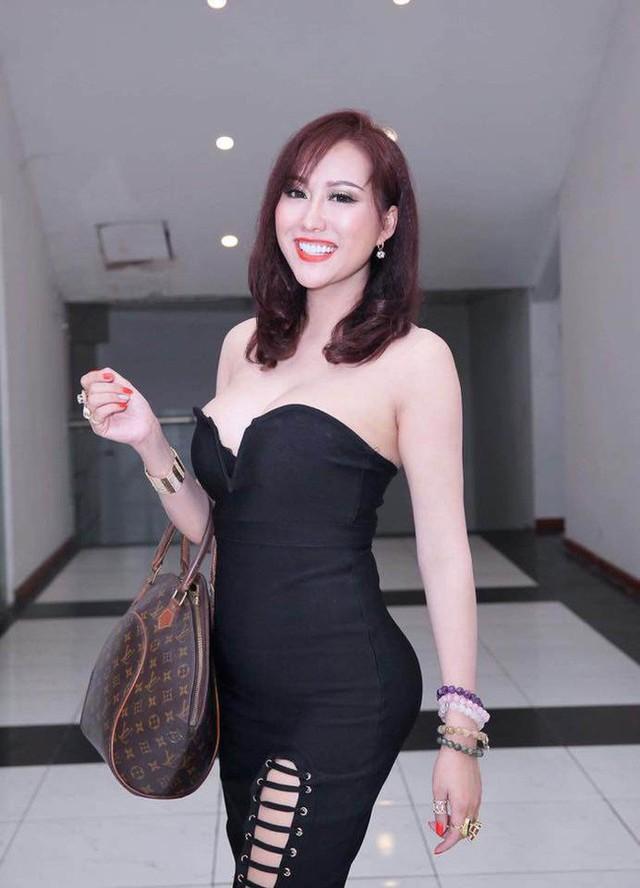 Phi Thanh Vân từng chia sẻ, tài sản mà chồng cũ để lại đủ để cô gây dựng sự nghiệp kinh doanh thành công như ngày hôm nay.