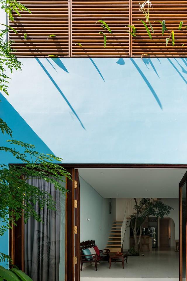 Gia chủ muốn ngôi nhà mới thông thoáng nhất có thể, có tối đa mảng xanh, không gian sống hiện đại nhưng tối giản.