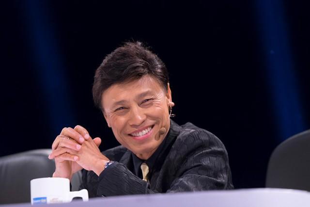 Danh ca Tuấn Ngọc từng làm giám khảo chương trình Tiếng hát mãi xanh