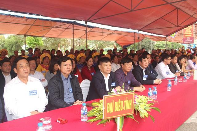 Đại biểu và nhân dân tham dự khai hội đền Tranh năm 2019. Ảnh: Đ.Tùy