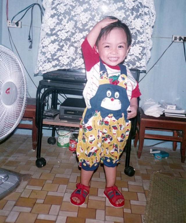 Phan Hiển ngày nhỏ vô cùng dễ thương.
