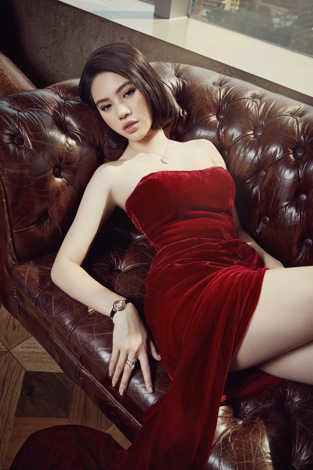 Jolie Nguyễn gây chú ý khi lên tiếng về chuyện bị bạn thân cướp người yêu