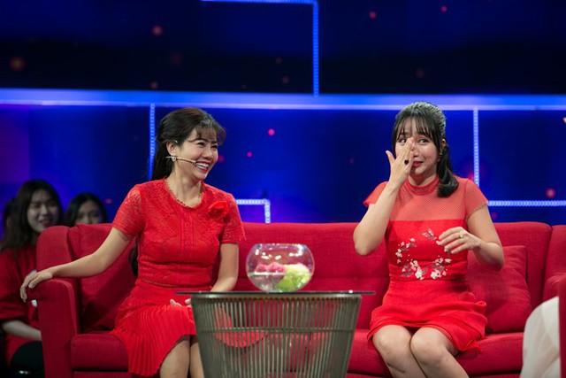 Mai Phương xuất hiện trong chương trình truyền hình mới đây, nói về những khó khăn khi phát hiện bệnh.