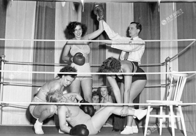 Năm 1952, trong một cuộc thi quốc tế được tổ chức tại Stockholm, Thụy Điển, một nữ võ sĩ người Ý đã đánh bại nữ võ sĩ ở London và trở thành nhà vô địch.