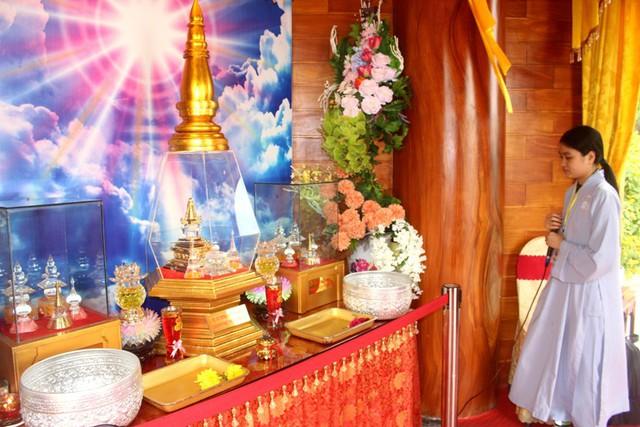 Khu vực chiêm bái Xá Lợi Phật