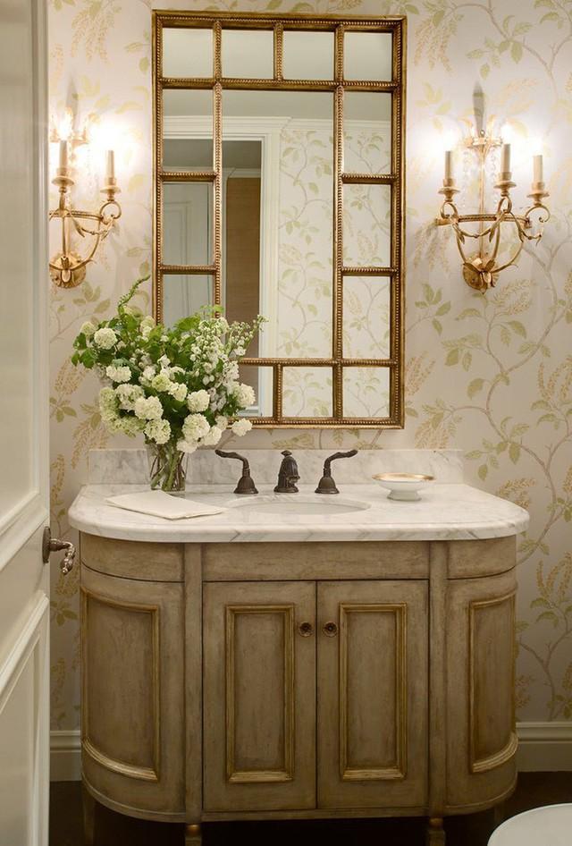 Những mẫu giấy dán tường theo chủ đề thực vật cũng rất đa dạng về phong cách để phù hợp với không gian sống của các gia đình.