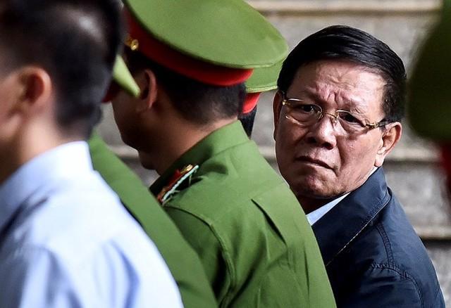 Bị cáo Phan Văn Vĩnh tại phiên sơ thẩm. (ảnh HC)
