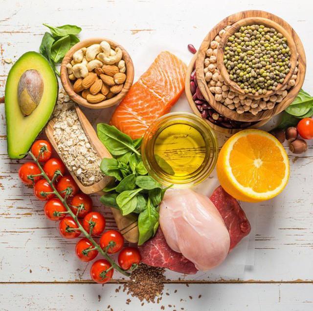 Một số hợp chất trong trái cây họ cam quýt có thể cải thiện sức khỏe của tim như chất xơ hòa tan và flavonoid.