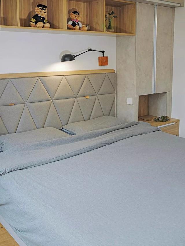 Phòng ngủ đơn giản, ấm cúng.