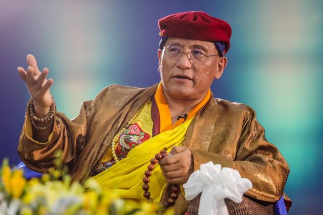 Đức Gyalwang Drukpa chia sẻ thông điệp bình đẳng giới nhân 8/3 tại VTV9 Trung tâm Truyền hình VN, Tp HCM.