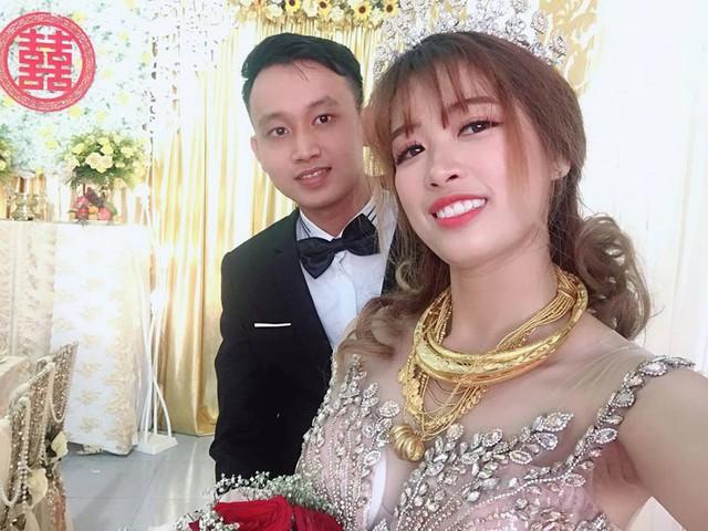 Cô dâu Hoàng Quyên bên chồng
