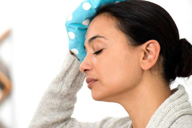 Chấn động: Nếu gần đây bạn bị đập đầu vào vật gì đó, chóng mặt có thể là dấu hiệu bạn bị chấn động. Bạn có thể mất vài giờ, hoặc thậm chí vài tuần để hồi phục sau chấn thương.