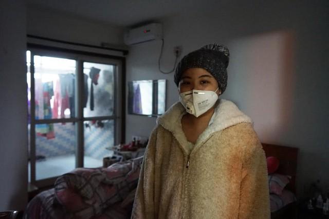 2 năm sau hôn nhân, Bành Hoàng Ngọc phát hiện mình mắc bệnh bạch cầu cấp dòng tủy M4 và bị chồng đòi ly hôn vì sợ phải tiêu tốn nhiều tiền