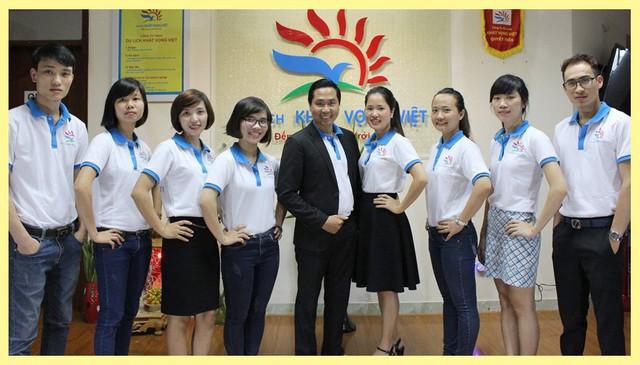 Đội ngũ cán bộ trẻ trung năng động của công ty du lịch Khát Vọng Việt luôn tràn đầy nhiệt huyết đem lại những trải nghiêm tốt nhất cho khách du lịch