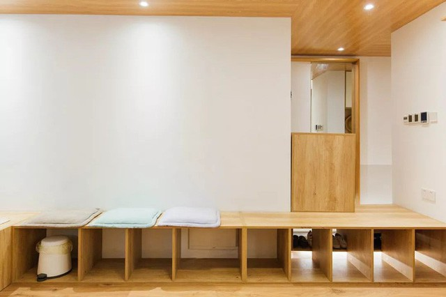 Phía tường được tận dụng thiết kế khu vực có thể sử dụng với nhiều chức năng.
