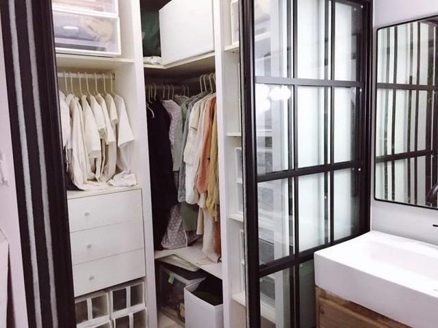 Khu vực lưu trữ đồ được sắp xếp ngăn nắp, gọn gàng.