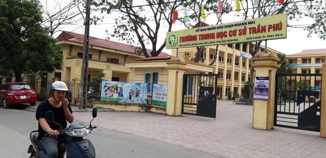Trường THCS Trần Phú (quận Hoàng Mai, Hà Nội) nơi cơ quan chức năng đang xác minh nghi vấn thầy giáo sàm sỡ học sinh. Ảnh: Q.Anh