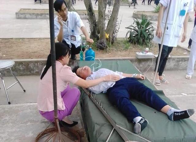 Thời điểm em Sơn gặp nạn trong tiết học thể dục tại sân trường