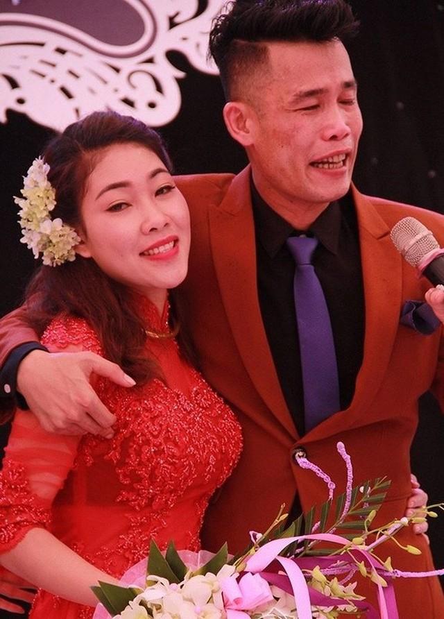 Trước Diệu Thuý, Hiệp Gà từng trải qua 2 lần kết hôn. Trong đó người vợ đầu chung sống gần 6 năm và có 1 con gái lớn, người vợ thứ 2 anh kết hôn năm 2010 nhưng sau một thời gian ngắn cũng chia tay.