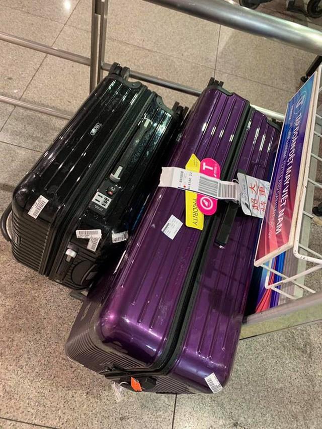 Phạm Quỳnh Anh thất lạc 1 vali chứa nhiều đồ quan trọng khi di duyển từ Mỹ về Việt Nam.