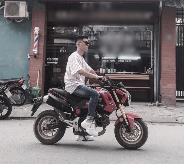 Trên mạng xã hội, Quang Anh thường xuyên chia sẻ hình ảnh cuộc sống đời thường với người hâm mộ.