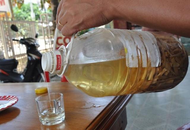 Uống rượu dù là rượu tây hay rượu ta chỉ cần quá mức một chút đều không tốt cho sức khỏe.