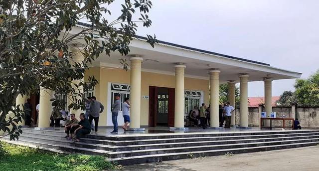 Thi thể của ông Quang đang quàn tại nhà tang lễ của bệnh viện.
