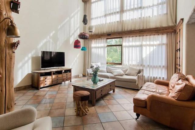 Không gian phòng khách đẹp mang hơi hướng cổ điển.