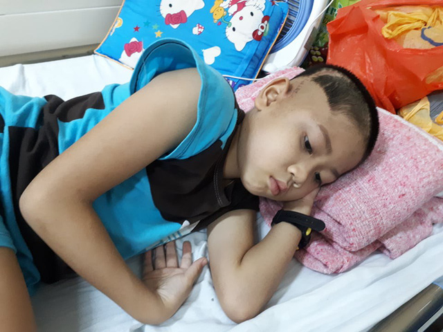 Thái đã trải qua đợt phẫu thuật u não cùng nhiều đợt xạ trị vì căn bệnh u não