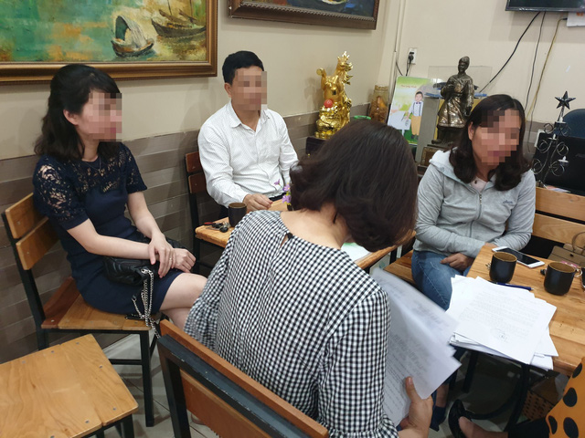 Người lao động trình bày sự việc với PV. Ảnh: M.Lý