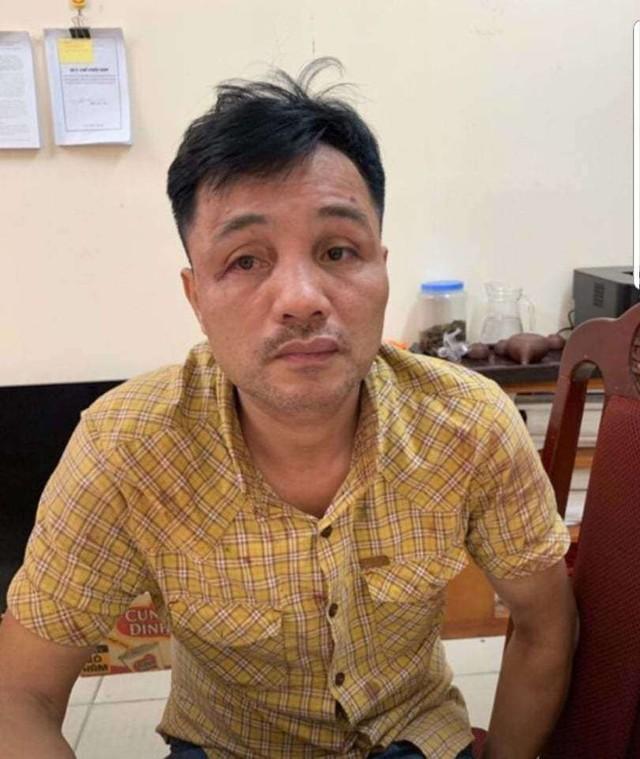 Tài xế Đỗ Xuân Tuyên tại cơ quan công an.