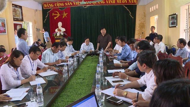 Cuộc làm việc giữa Bộ GD&ĐT, tỉnh Hưng Yên cùng cơ quan chức năng với trường THCS Phù Ủng. Ảnh: P.H