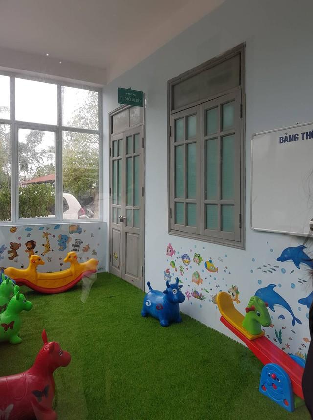 Tram Y tế Tân Hội kêu gọi xã hội hoá được 70 triệu, trang bị khu vui chơi nơi phòng chờ tiêm chủng trẻ em
