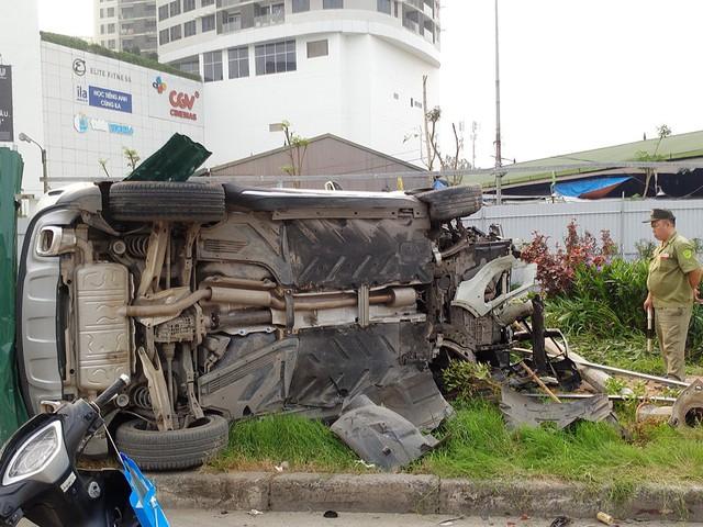 Ngay sau khi vụ tai nạn xảy ra đã có nhiều người di chuyển bằng xe máy bị thương, một người bị thương được đưa đi cấp cứu.