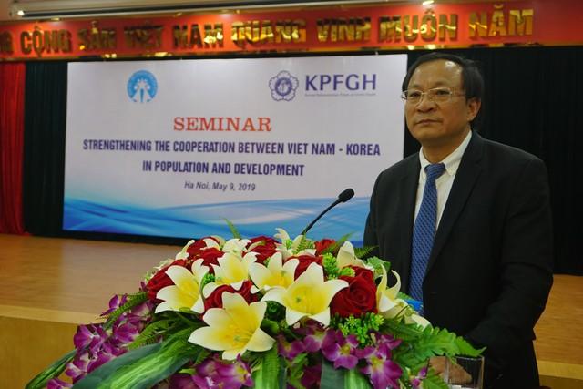Ông Nguyễn Doãn Tú, Tổng cục trưởng Tổng cục DS-KHHGĐ (Bộ Y tế) phát biểu khai mạc Hội thảo