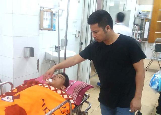 Hiện tại, em Quang đang được điều trị tại Khoa Ngoại 1 - Bệnh viện Đa khoa tỉnh Hải Dương. Ảnh: Đ.Tùy