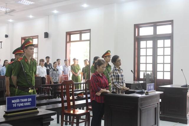 Vũ Ngọc Dung và Phạm Thị Ngọc Sương tại tòa