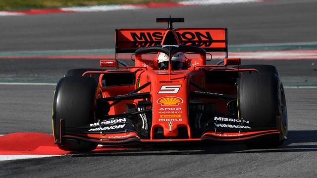 Ferrari thay đổi động cơ F1 tại chặng đua Tây Ban Nha.