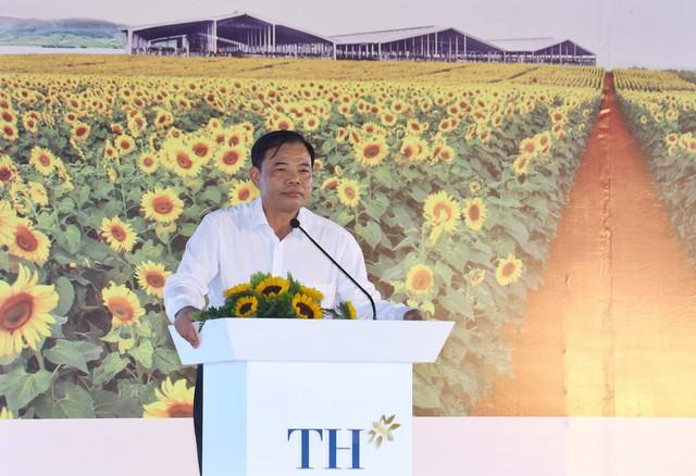 Bộ trưởng NNPTNT phát biểu